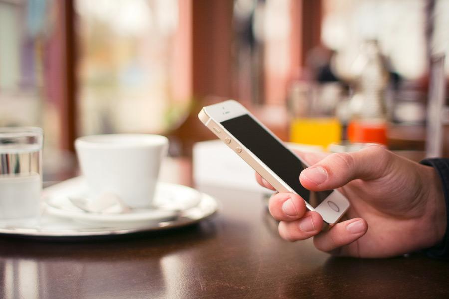 速度制限もなく快適なイオンモバイルは携帯料金が安いだけではない
